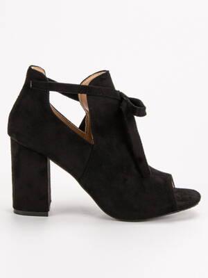 a451e9ccd Čierne členkové sandále na opätku YQE19-1751B