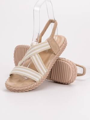 5ccbf7e08fbf Nízke dámske letné sandále AK21BE
