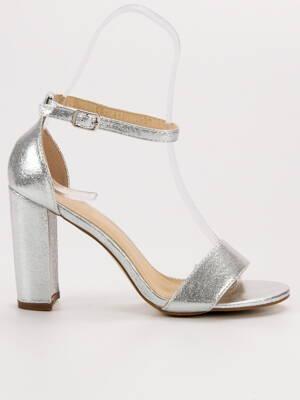 96c1f77c35b0 Elegantné strieborné sandále FASHION GD-OD-18S