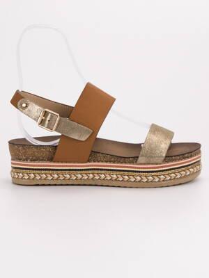 c12777f3ecf5 Hnedé sandále na platforme AK26C
