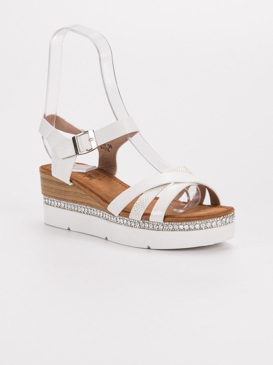 11b44b13c7db Biele sandále s kamienkami GG-64W. PrevNext