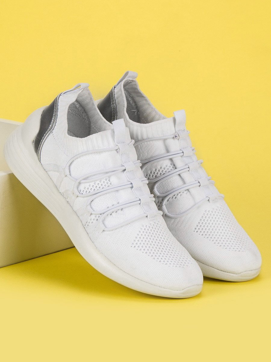 c913e6747c1c Biele ponožkové tenisky KYLIE K1833601BLA