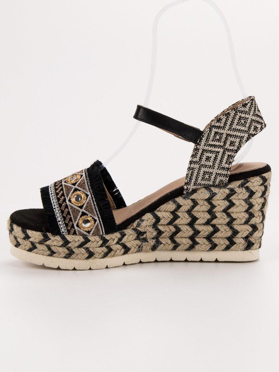 dbcaae661 Sandále na platforme ETNO A119-06-01M-DO