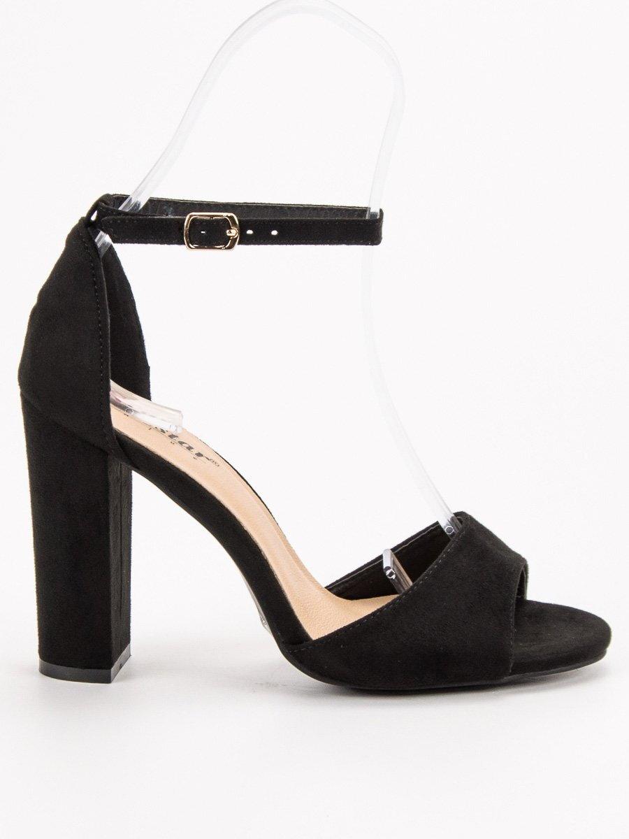 9441deb7a02ad Elegantné čierne sandále na opätku NC792B