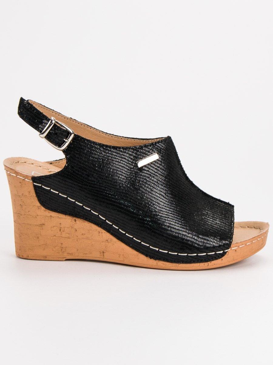 2cad2b8af9 Čierne sandále na klinovom opätku DS784 19B