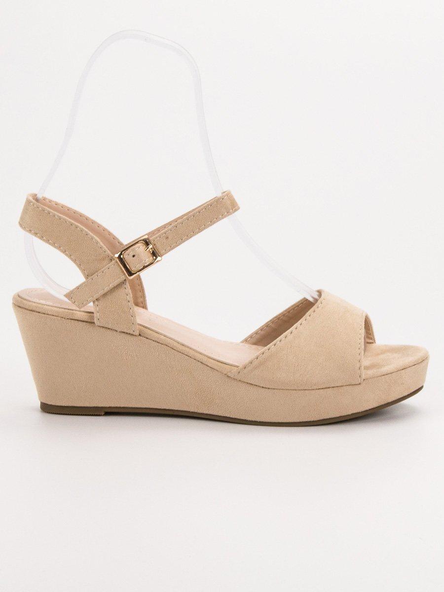 e1852e6d4c55 Béžové dámske sandále s platformou K-7BE