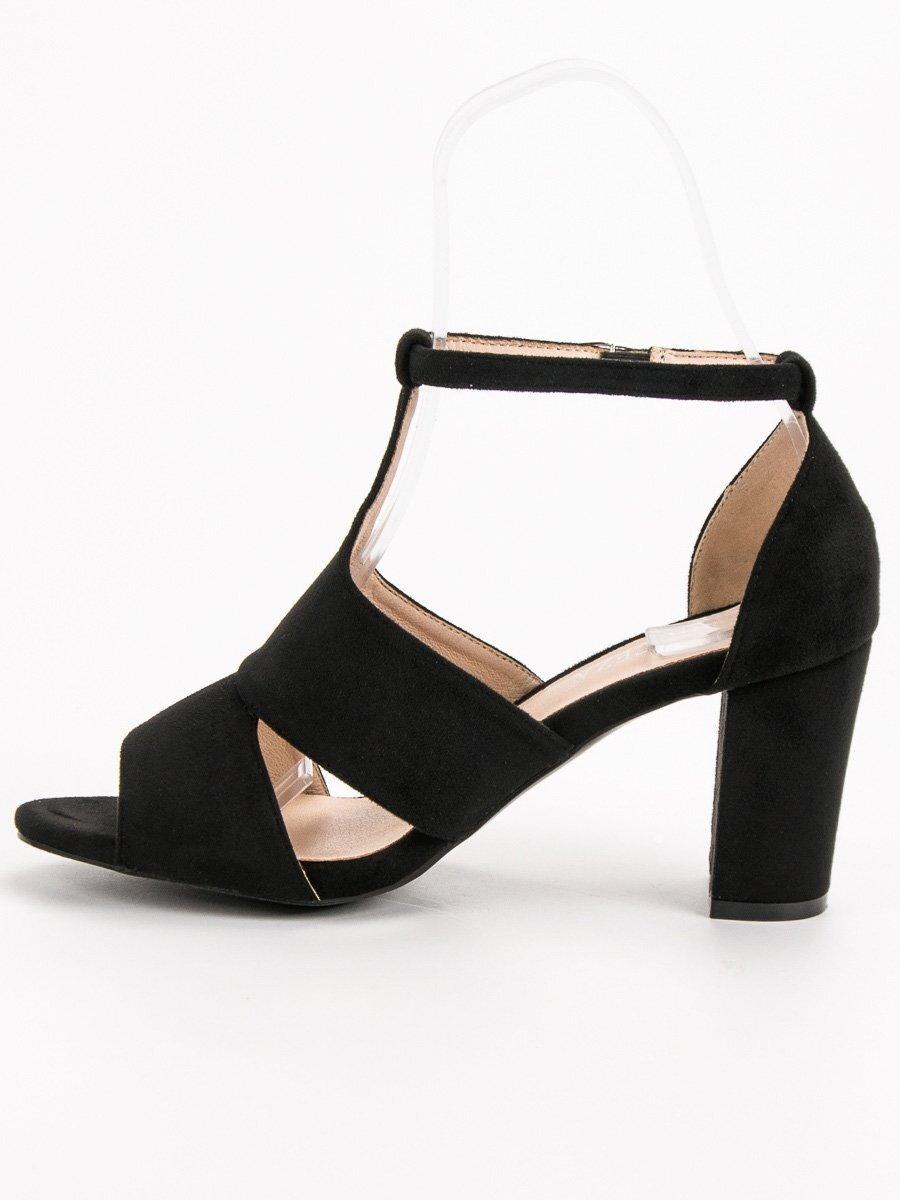 a49e001baea38 Dámske čierne sandále na opätku YQE19-17008B