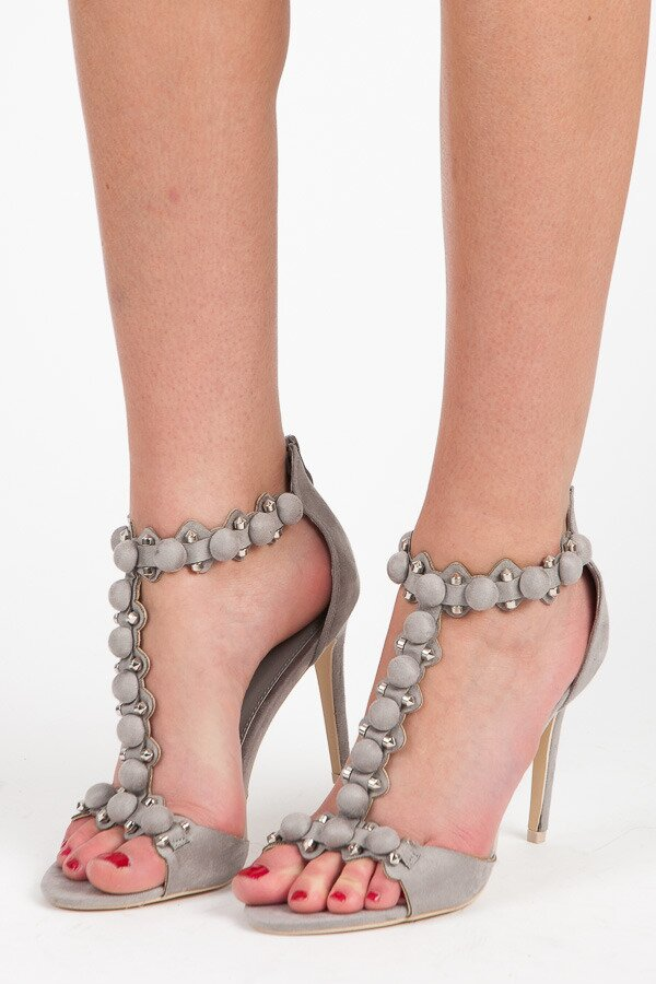 a05c1b427cd2 Elegantné sandále na podpätku-výpredaj