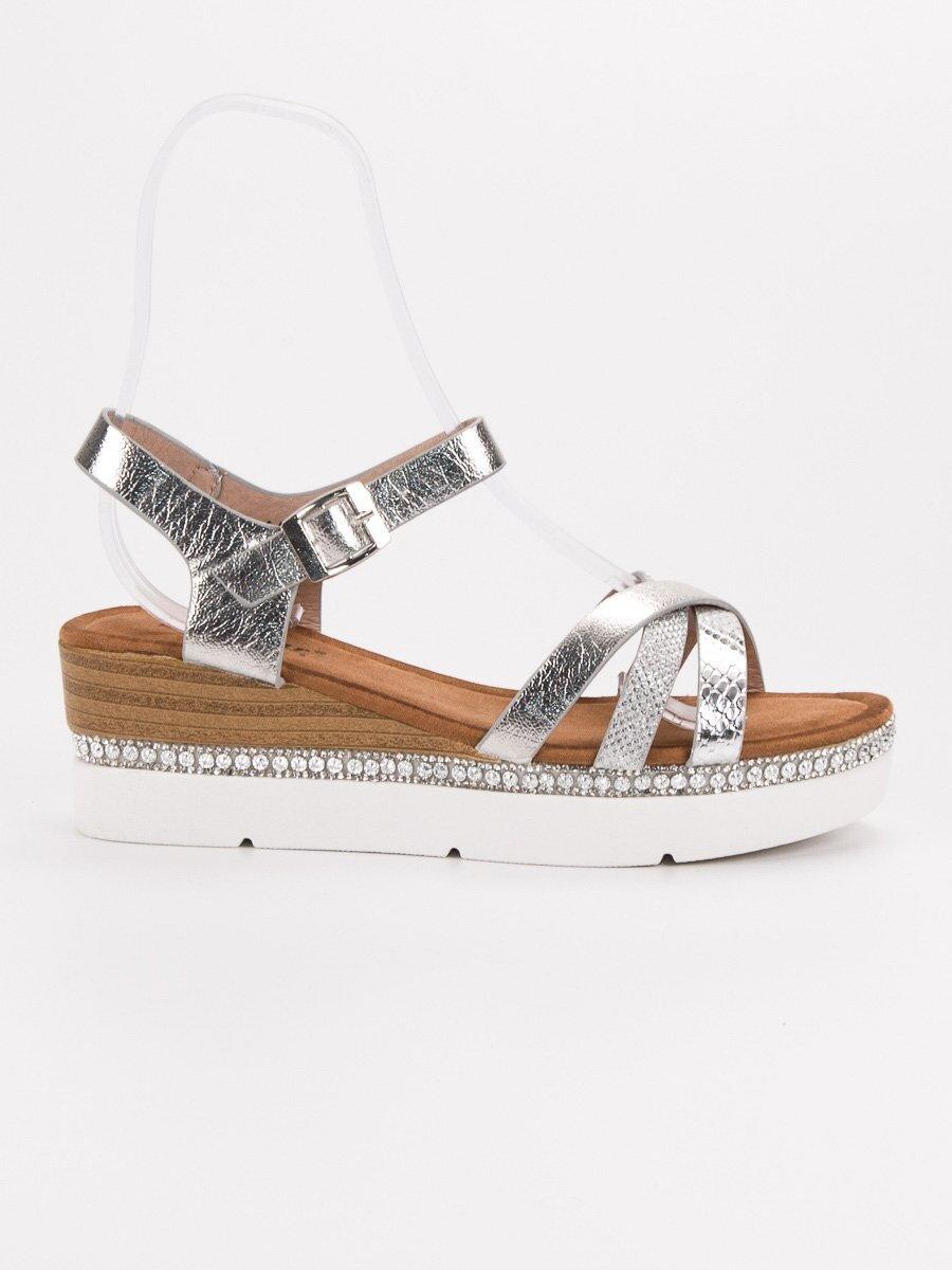 fdb6390f5e87 Strieborné sandále s kamienkami GG-64S