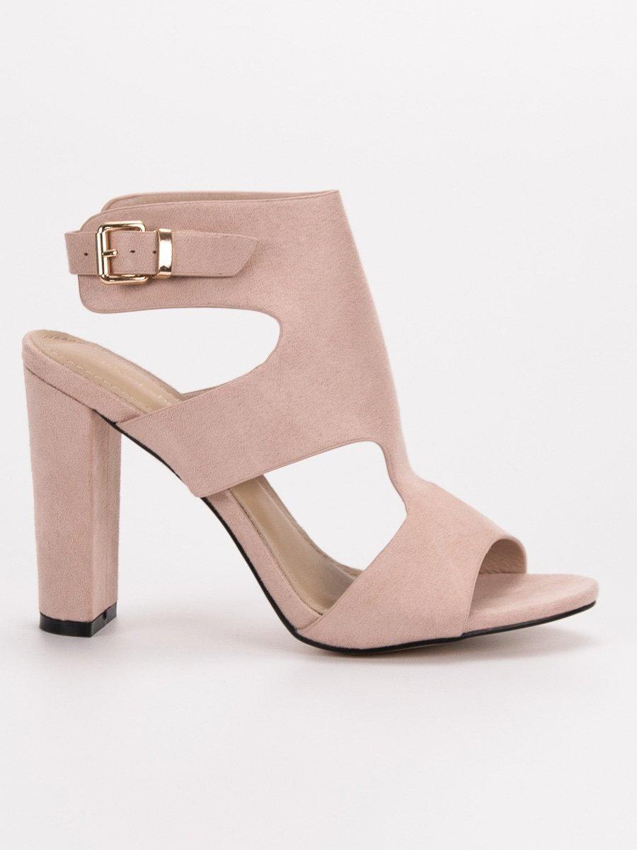 f2c0886b4846 Sexi béžové sandále na opätku J-8711BE